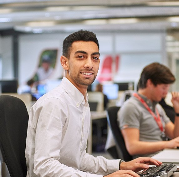 Adil, Event Manager