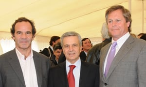 Senator Andres Allamand, Fernando del Solar, Chief Executive Nestlé Chile and Senator Carlos Kuschel