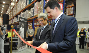 L. Freixe and M. Akimov cut the ribbon