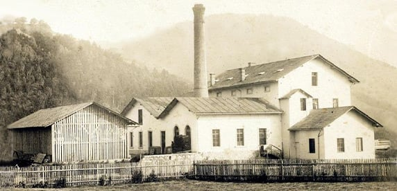 vitage image of Nestlé building in Grimmstein, Austria