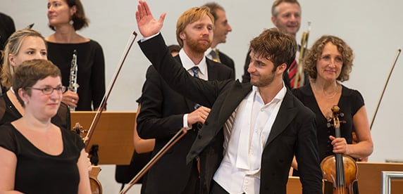 Lorenzo Viotti wins Nestlé and Salzburg Festival Young Conductor of the Year Award